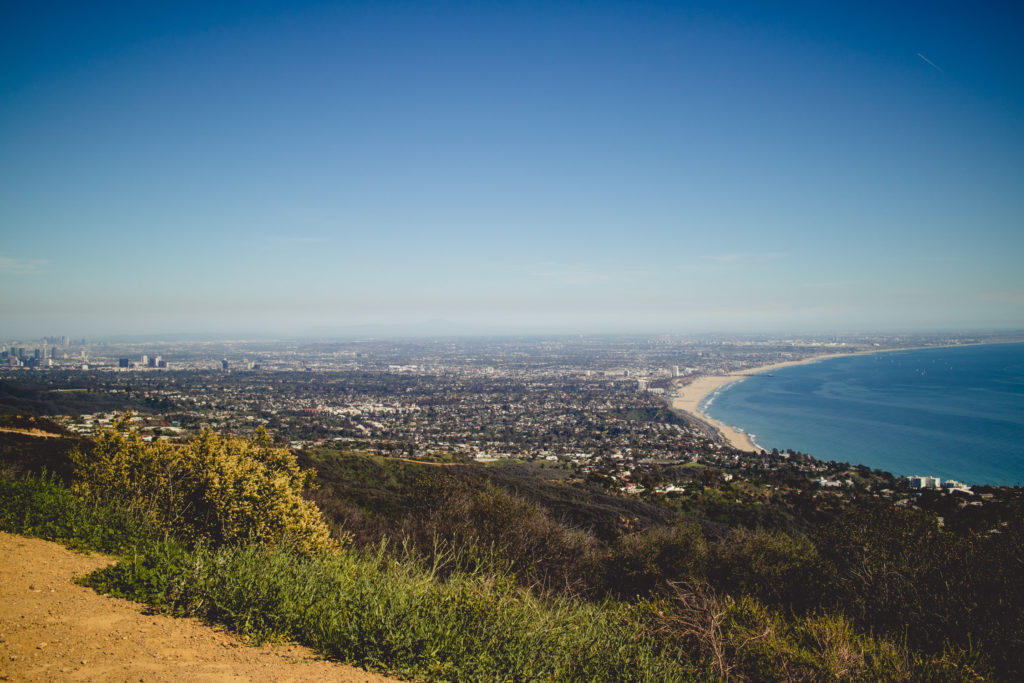 The easiest hike in LA with the best views of the Pacific Ocean